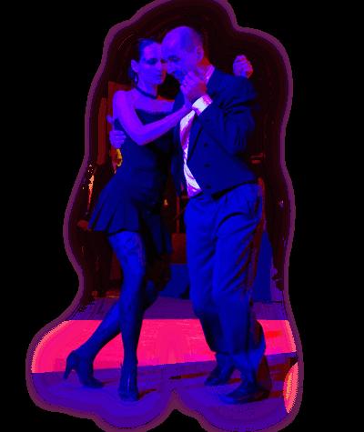 Patrizia und Michael tanzen eng Tango Argentino